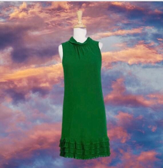 Vintage kelly green ruffle dress
