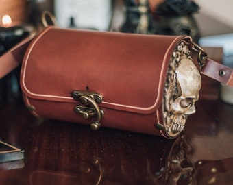 Skull Leather and resin Bag in brown gothic steampunk style crossbody barrel bag Shoulder circle purse
