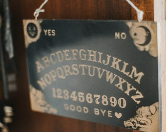 Ouija board wall decor - Halloween Party - Spirit board game for talking to the souls - Witchcraft