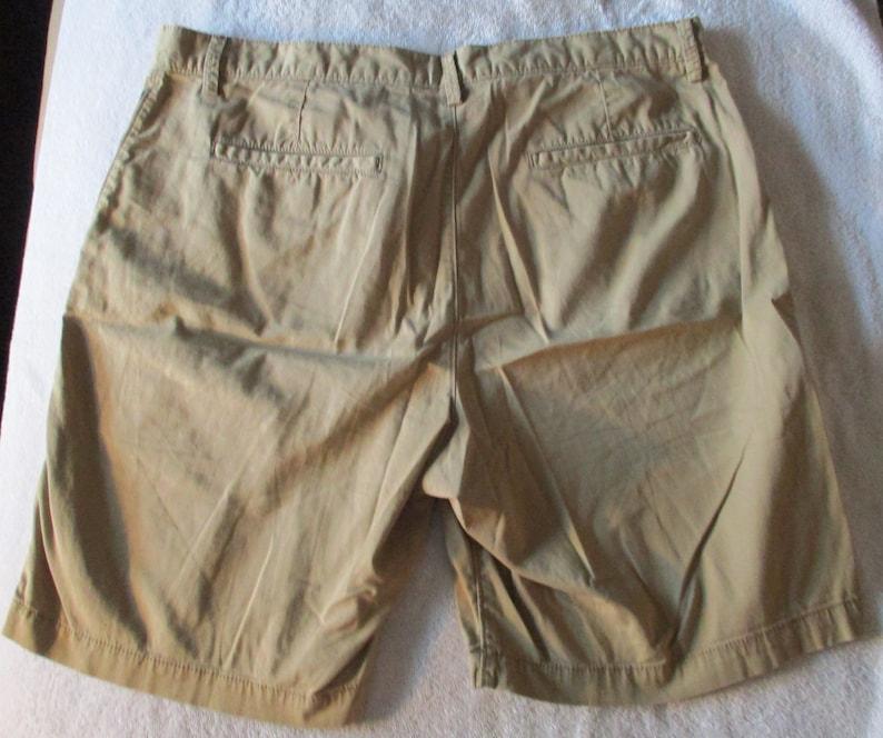 Men/'s Penguin by Munsingwear Tan Cotton Shorts Size 36