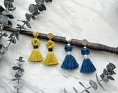 CARMELA Macrame tassel earrings with round studs, boho earrings