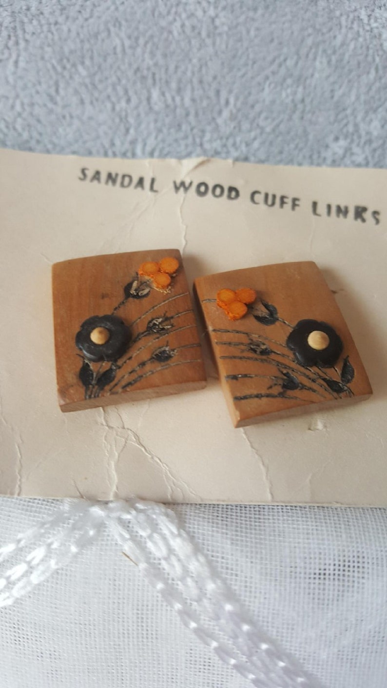 Vintage Sandalwood Cufflinks Wooden Squares  with Raised Black and Orange Flowers with Silver Toned Metal Findings Vintage Men/'s Jewelry