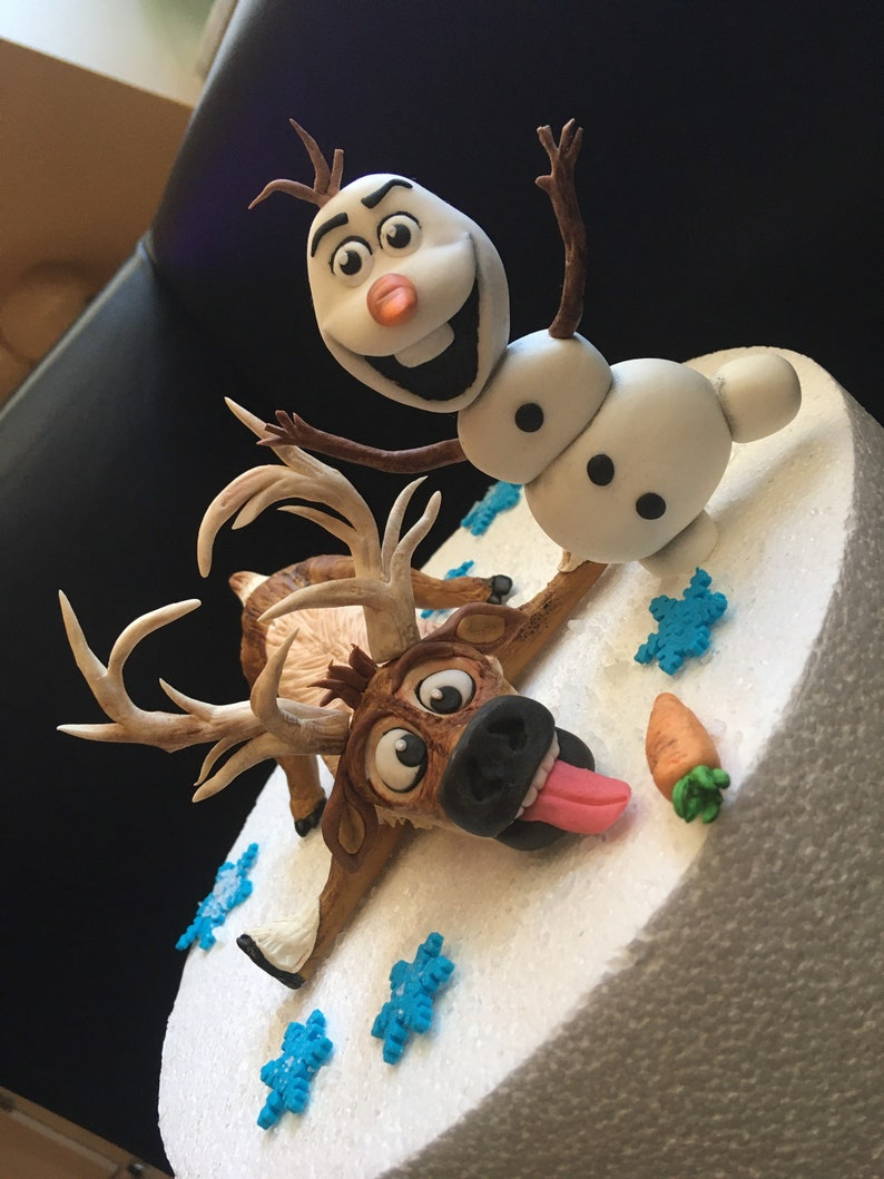Tortendeko Frozen Eiskönigin inspiriert Caketopper Fondant beide Figuren Set