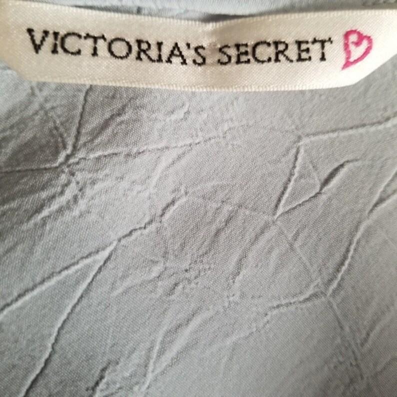 Victoria/'s Secret Romantic Country Adjustable Spaghetti Strap Slinky Slip Negligee