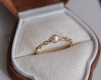 14K gold Plated Pearl Ring, Unique Minimalist Dainty Pearl Ring,Fresh water Pearl Wedding Ring For Women,stacking ring,tiny pearl ring