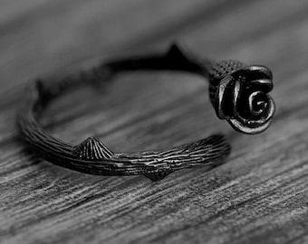 Rose Ring, Black Rose Ring, Black Ring,Adjustable Ring, Flower Ring, Black gold Ring,Petite Ring, Cabochon Ring, Filigree Ring, Friend Gift