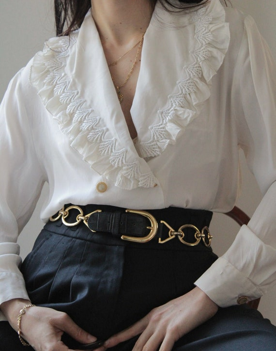 Vintage big ruffled collar silk white blouse