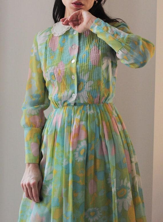 Vintage 60s floral Peter Pan collar cotton dress - image 2