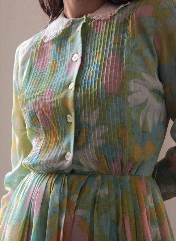 Vintage 60s floral Peter Pan collar cotton dress - image 8