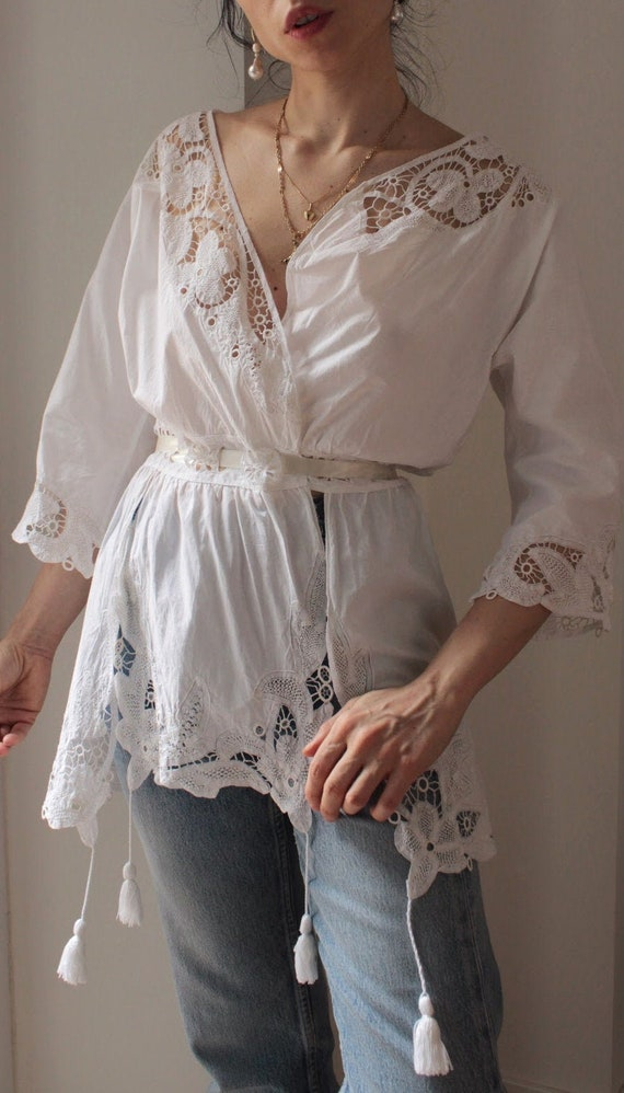 Antique 1900s white cotton hand embroidered blouse