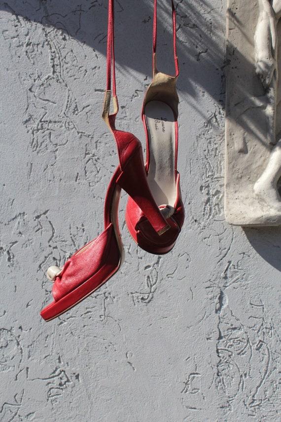 Vintage 70s lace up red leather sandals platform