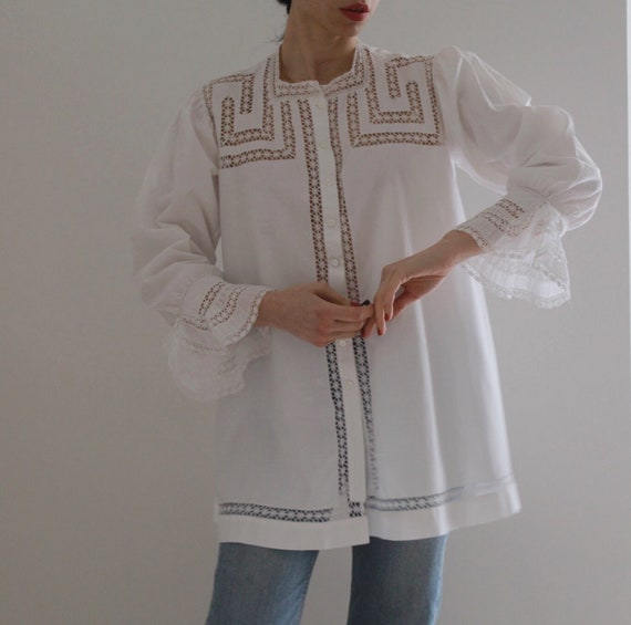 Antique 1900 white cotton hand embroidered blouse