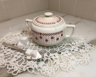 1941 Piccadilly Sugar Bowl with Lid Red Laurel Dots and Flowers