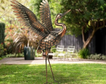 Puffin In Boots Garden Bird Ornament Patio Lawn Statue Outdoor Decorative Figure