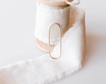 Minimalistisch elegante Goldohrringe, offene Creolen, oval, 585er Gold gestempelt, handgemacht, Geschenk für sie, Weihnachtsgeschenk