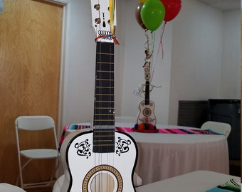 Customize Coco a toy Guitar