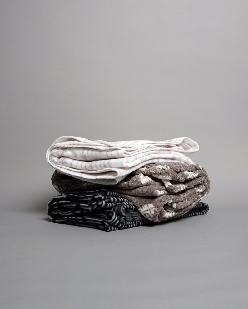Mushu Pet Blanket