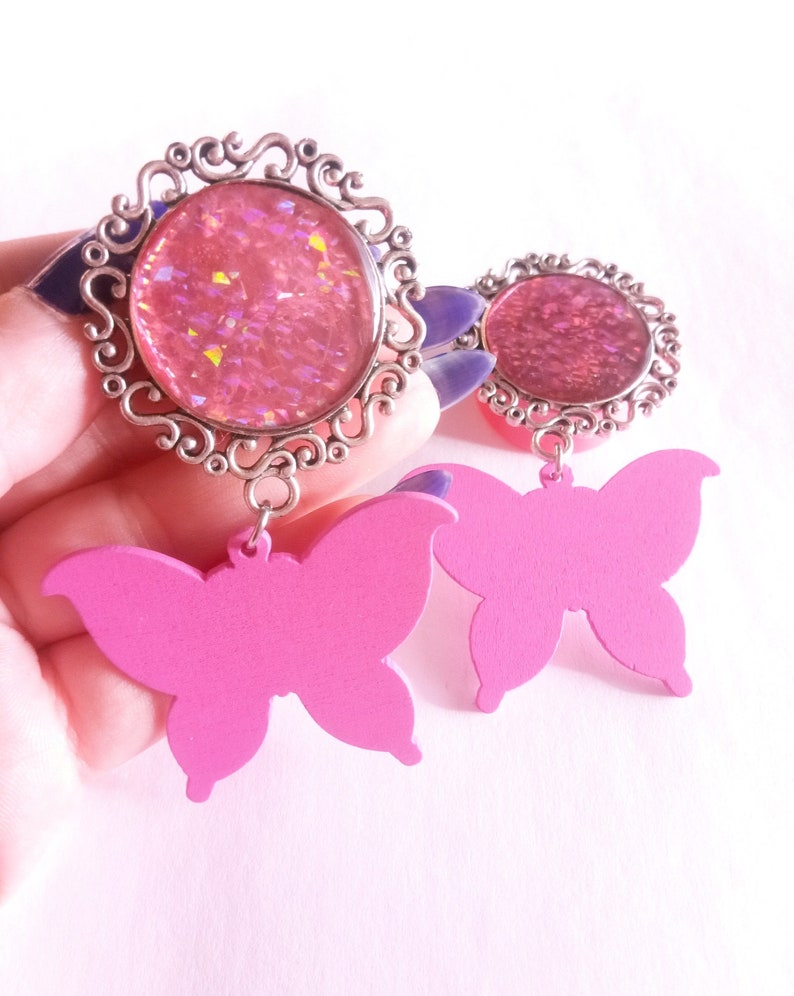 MAGIC BUTTERFLY ear PLUGS 26mm pink holographic cameo pendant stretched ears double flared