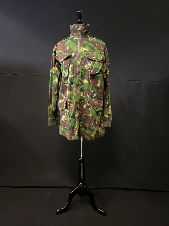 Striking Camouflage Jacket - Rich Colours / Bold P