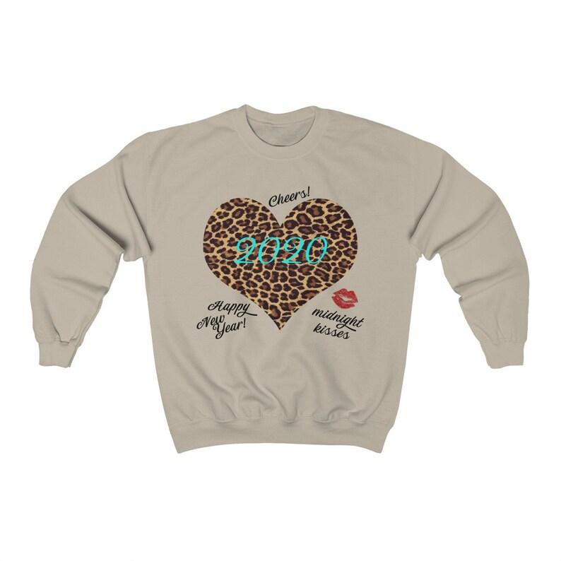 2020 Happy New Year Women/'s Crewneck Sweatshirt Midnight Kisses Leopard Print Cheers