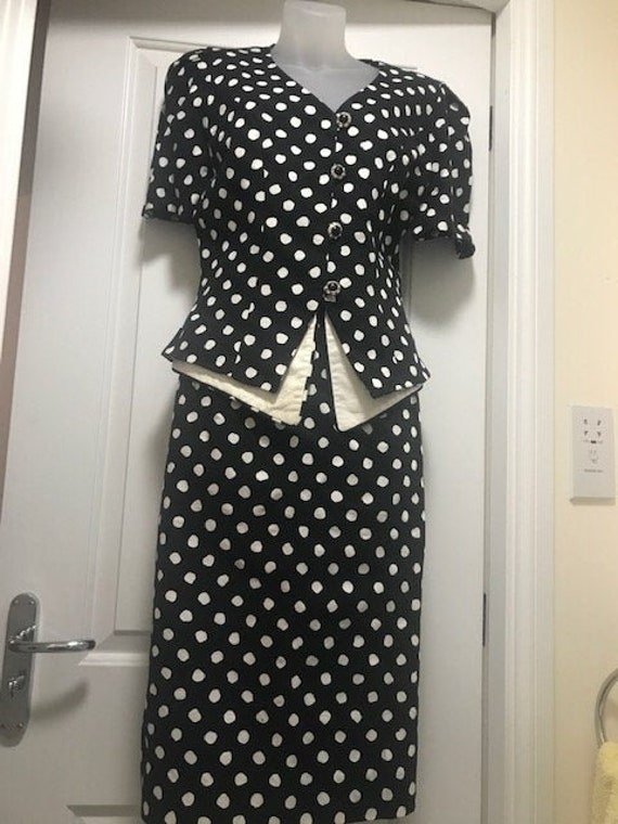 1960's Quorum Polka dot 2 piece ladies suit