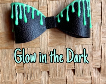 Green Glow in the Dark Vampire Drip Pastel Goth Emo Rave Hair Bow Clip