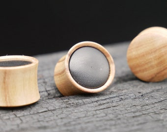 Plug made of Olive/Sono Wood