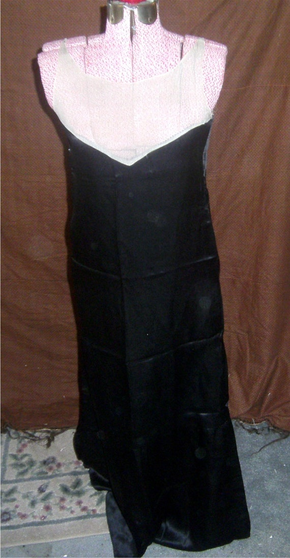 VINTAGE DRESS Black Satin Evening Gown – 1920's