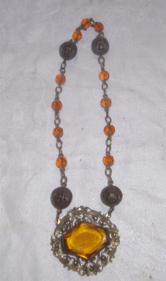 Victorian Necklace – Amber
