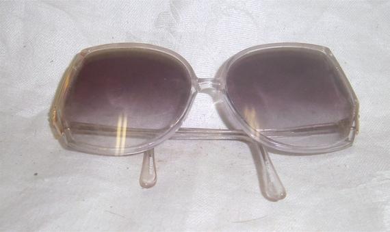 Glamour Eyes Vintage Sun Glasses