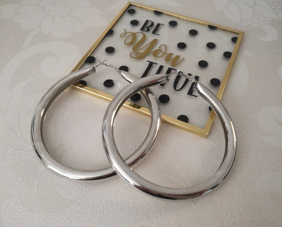 """LARGE ROUND HOOP FASHION EARRINGS 3.5\ GOLD SILVER TONE/"""""""