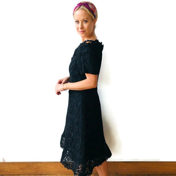 Scaasi 1980's Boutique Black lace dress with crin… - image 4