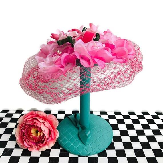 PINK PETAL HAT H14 1950s Sculpted Cream Velvet roses petal Hat Church Wedding Mother of bride musk pastel 50s 40s Shabby Chic Latte