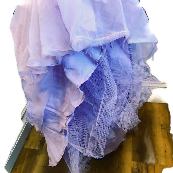 1950's Pale Lavender long short sleeve gown Fit a… - image 7