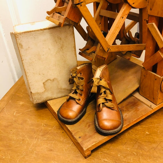 Antique 1930's boots toddler size Brown leather la