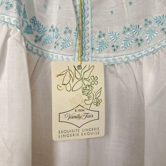 Vintage Vanity Fair Nightgown - image 5