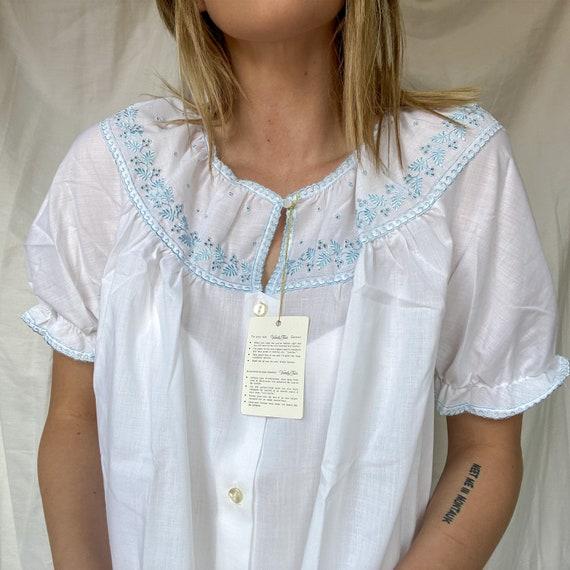 Vintage Vanity Fair Night Dress with Puff Sleeves
