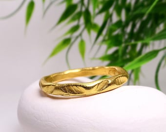 Organic dotted band ring Gold band ring Beaded gold band Organic gold ring Ethnic ring Unique Stacking ring Statement ring Gold vermeil ring