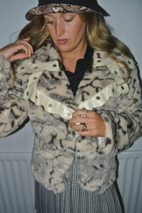 Women's Ladies Vintage Fake Faux Fur Leather Eyele