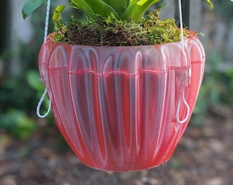 Hanging planter for Orchids and other Air Plants - made from recycled plastic - 01_cactus style