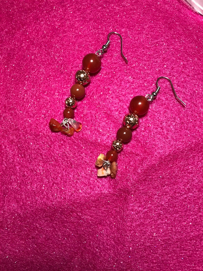 Carnelian with copper colour beads