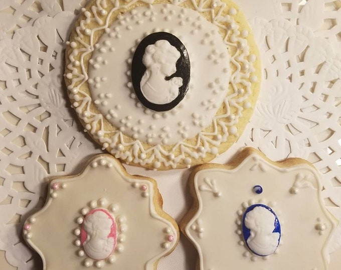 Featured listing image: Cameo Cookies  Gift 3 cookies /  Bridal  shower / Wedding /Birthday /Gift for her / 3 cookies