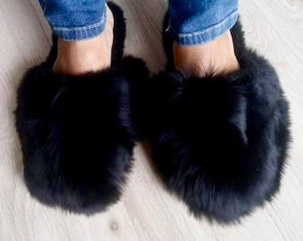 Black fur slippers | Etsy