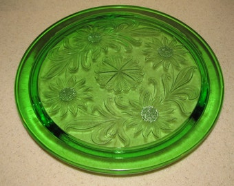 Jeanette Co 1930/'s bright green Sunflower pattern 3 footed cake stand