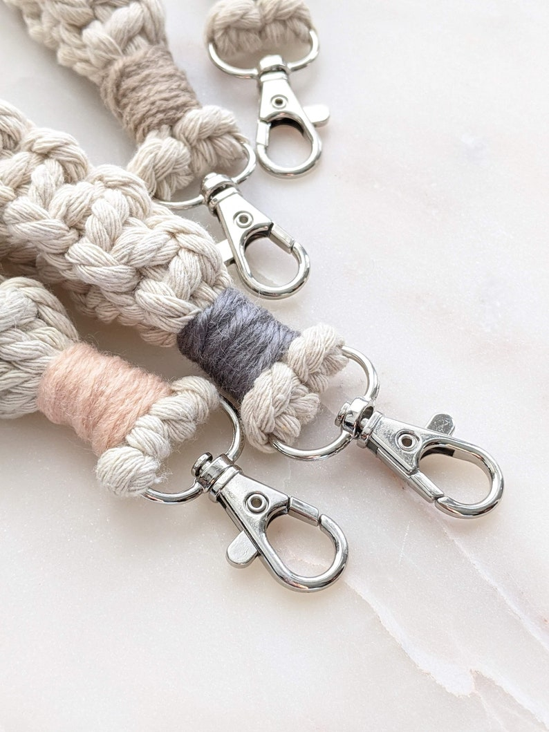 TidyTangle Macrame Decorative Twine Delight Keychain