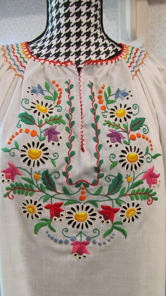 Wonderfully Colorful Vintage Hungarian Folk Boho E