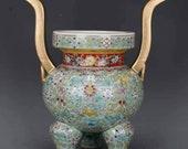 Chinese antique Qing dynasty Qianlong style colour enamel falangcai gold decoration porcelain censer.Chinese antique censer,Ornament,vintage