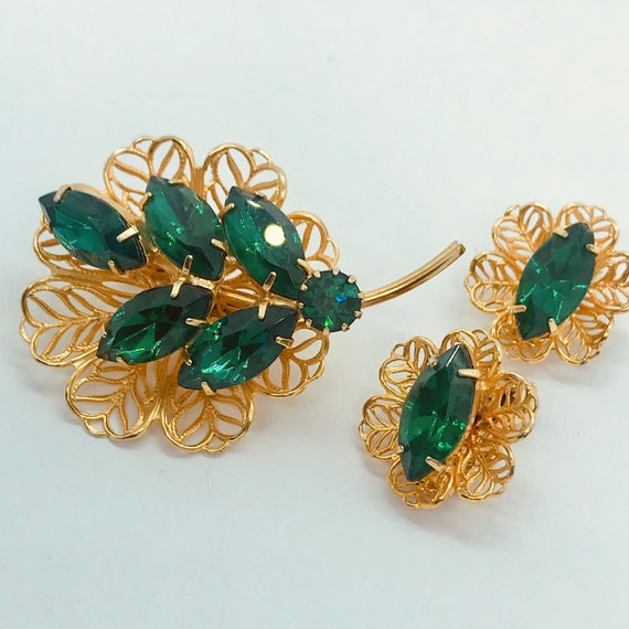 Vintage Emerald Green & Gold Brooch and Earring De