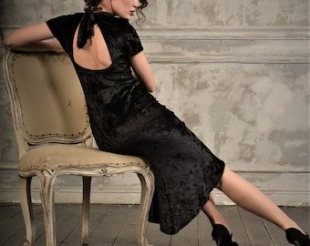 Very elegant tango dress with open back made of crushed velvet , feauterues turtle neck and a bow SM8030 by StudioMoscow