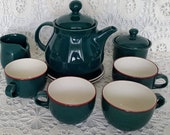 Vintage 4 cup Nancy Calhoun Evergreen Teapot creamer sugar bowl Fusions coffee mug cup set solid color Raspberry Forest Green Ceramic Denby